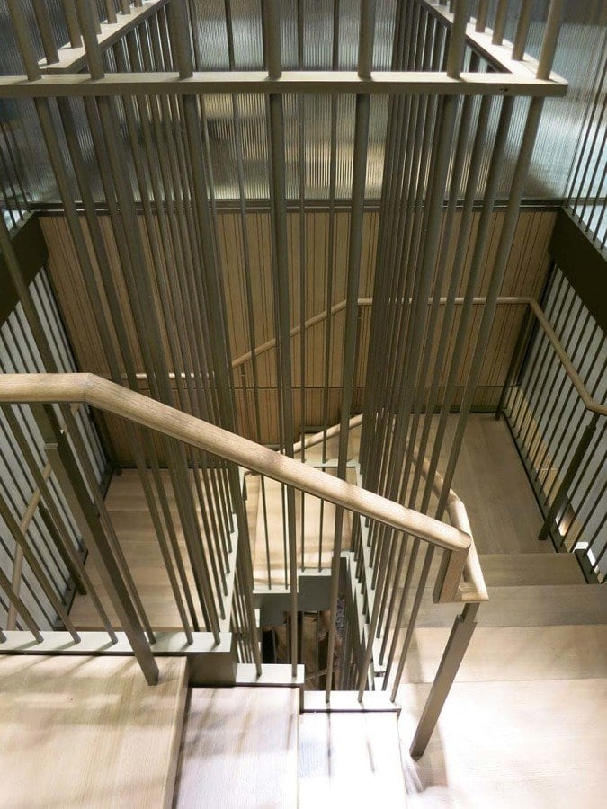 Prefabricated commercial stair design