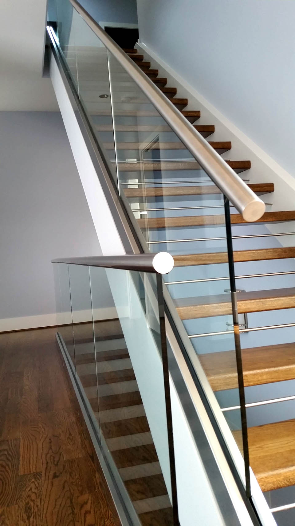 Stainless steel staircase artistic stairs for Modern glass designs