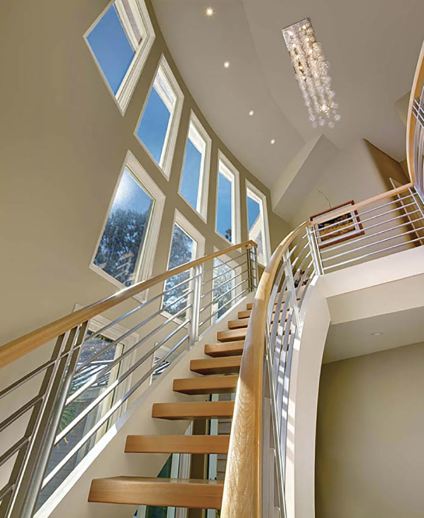 22 Modern Innovative Staircase Ideas: How To Use Free Standing Stairs For A Minimalist Aesthetic