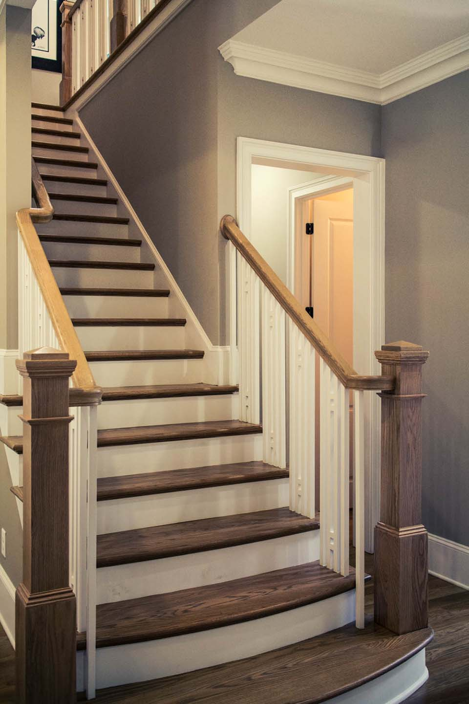 Craftsman Staircase Design | Artistic Southern Staircase