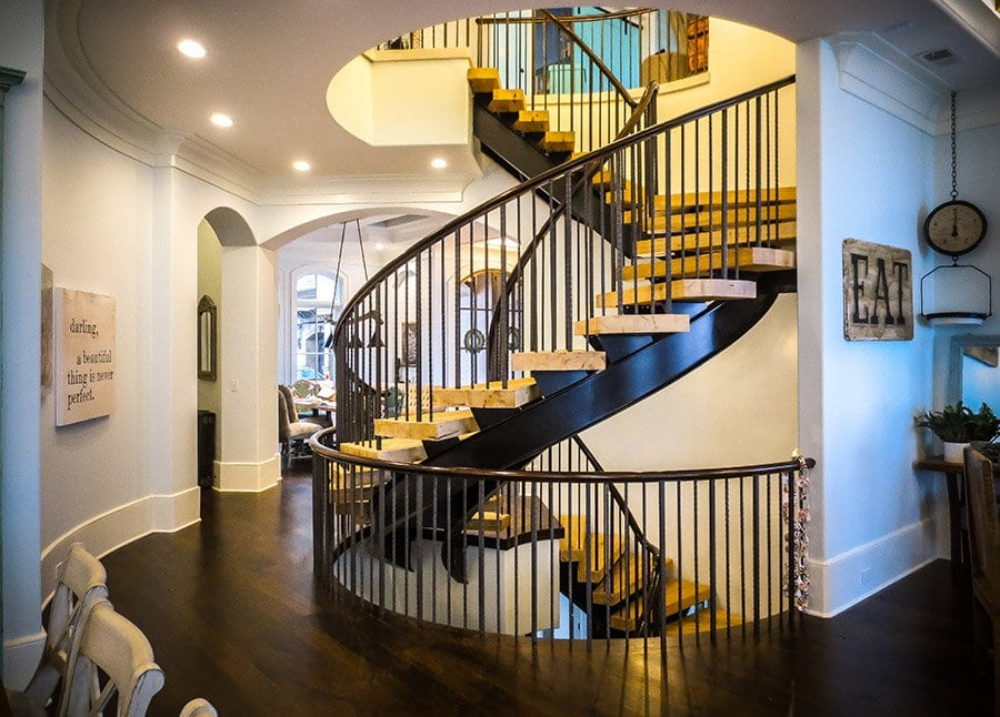 Metal Baluster Curved Staircase