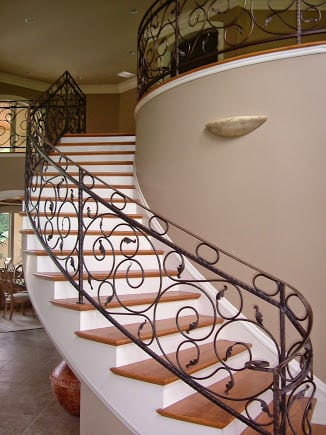 Tuscan Staircase, Curved Stairs